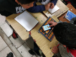 students-playin-math-games