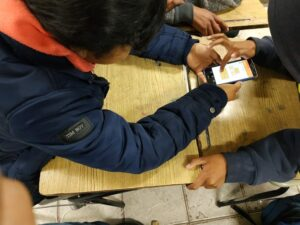 students-playing-math-apps